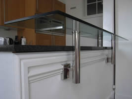 Bespoke Glass Breakfast Bar Brackets